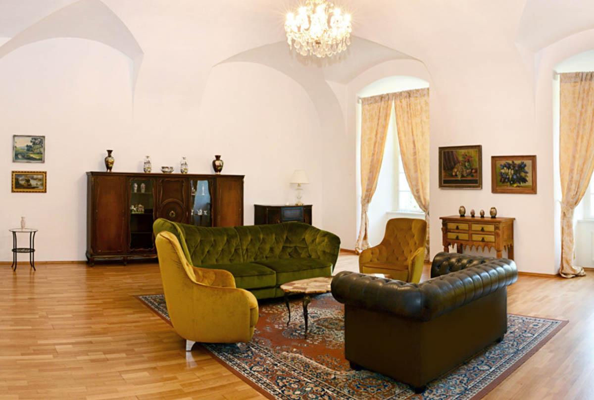 lobby-salonek